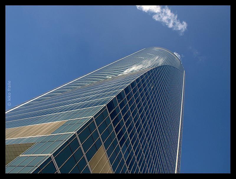Torre Espacio, una de las Cuatro Torres Business Area. Madrid, Spain. © Kiko Fraile