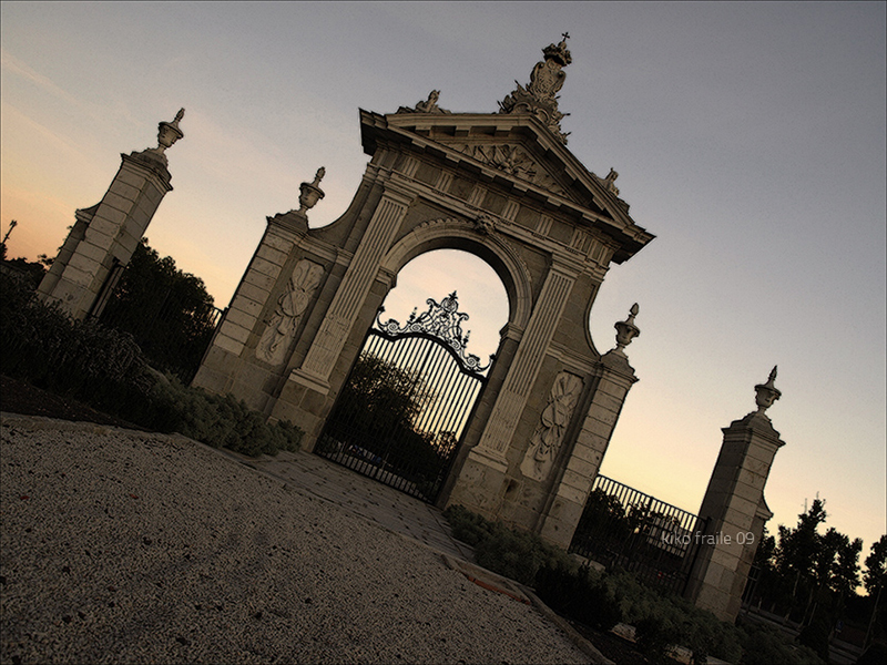 La Puerta de Hierro. Monumento de 1753 de Madrid del arquitecto Francisco Moradillo. © Kiko Fraile