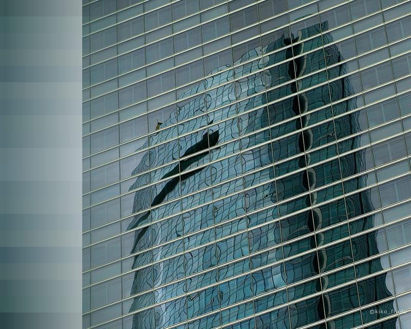 Reflejos de Madrid en Cuatro Torres Business Area. © Kiko Fraile